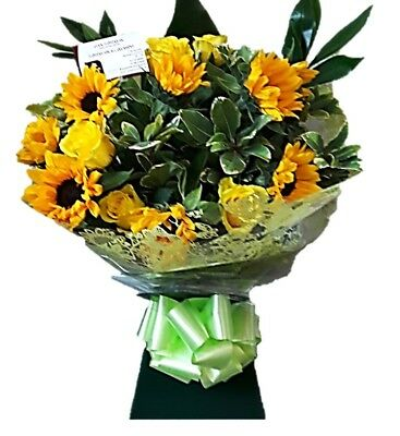 FRESH REAL FLOWERS  Delivered UK Summer Sun Bouquet Free Flower Delivery