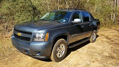 2012 Chevrolet Avalanche LS PRICE DROP!!!  3,500 Original 1 Owner Miles AS NEW with Warranty