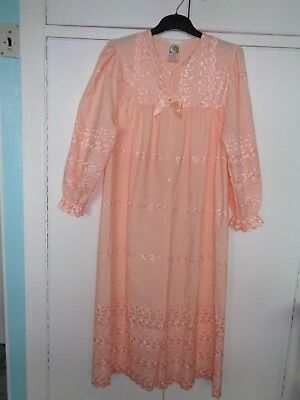 Vintage Retro Peach Broderie Anglaise Cotton Full Length Dressing Gown 12/14