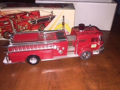 1970 Hess Fire Engine Toy Truck in Original Box - Light Works