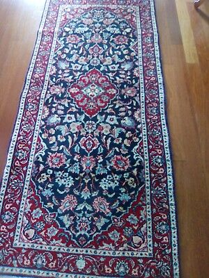 """Handmade runner Persian design Chinese 5'8"""" x 2'7""""With Red And blue colors."""