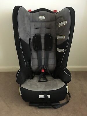 InfaSecure Covertible Child Car Seat CS7110 New