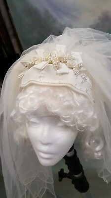 stunning vintage headpiece and Veil for a bride, wedding headpiece 1980s or 90s