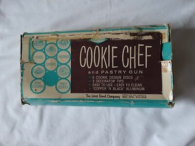 Vtg West Bend Cookie Chef Pastry Gun Set In Box and Instructions 10 Extra Discs