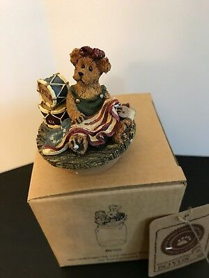 """Boyds Candle Topper small  """"Betsy..The Patriot""""  #651256-1 - New"""