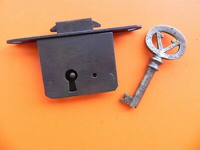 """Antique """"victrola"""" Key And Lock For Cabinet."""