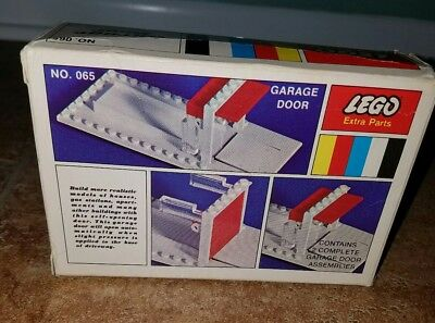 Lego Vintage Garage Door And Baseplate 065 Samsonite Legoland Rare