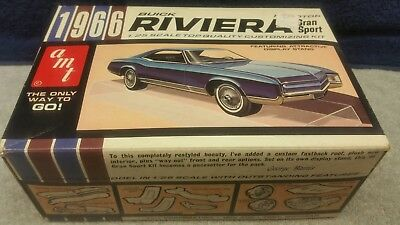 Vintage AMT '66 Buick Riviera 3 in 1 Customizing Plastic Model 1:25 Scale Boxed