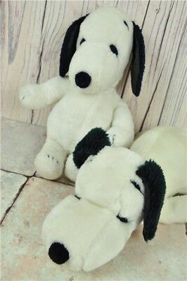 2x Vintage Snoopy Plushies 1968 - Sleepy and Sitting, Great for collectors! Pean