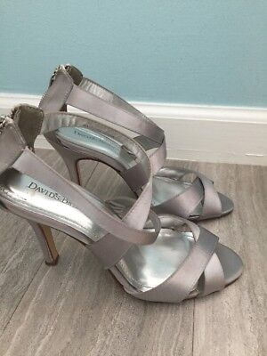 Davids Bridal High Heels Size 8 Gray Strappy