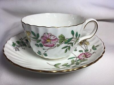 Minton Bone China Cup/saucer England        Dainty Sprays Pattern