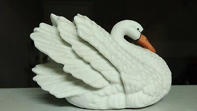 ROYAL HERITAGE Porcelain SWAN Figurine Collectible Decorative