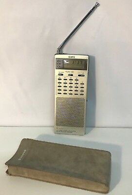 Vintage Sanyo LCD Digital Clock / Calculator AM/FM Receiver RPM6950 With Pouch