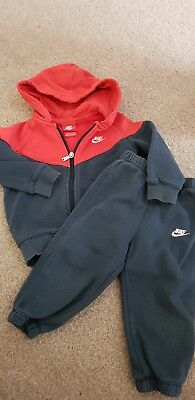 Baby Boy Nike suit 18-24 Months