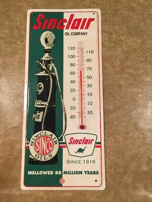 Vintage Metal Sinclair Oil Wall Thermometer Working