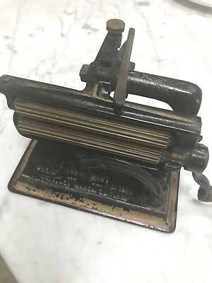 Rare Antique Victorian FANCY FLUTER CRIMPER IRON Pat. Nov 1875 PENN - BEAUTIFUL