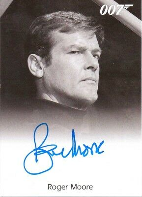 JAMES BOND 50th ANNIVERSARY SERIES 2 - AUTOGRAPH ROGER MOORE as James Bond