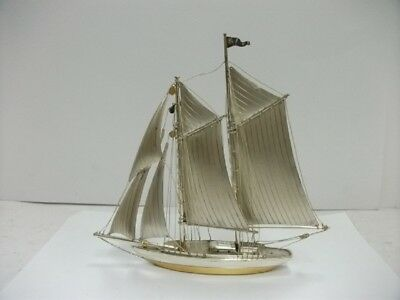 The sailboat of Silver970 of Japan. #148g/ 5.21oz. Japanese antique