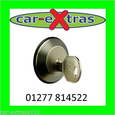 Locks4Vans Slamlock for a Ford Transit 96/>00 T Series