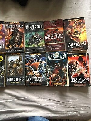 Warhammer & Sci fi / fantasy Paperback novels job lot