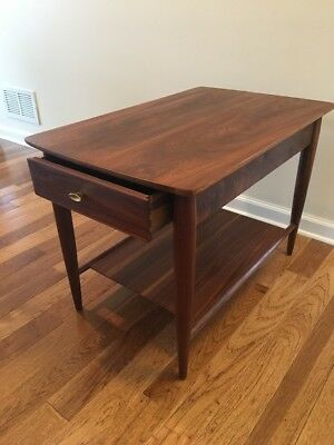 Vintage Walnut End Table/Nightstand Cigar Legs 1960s Art Deco Great Condition