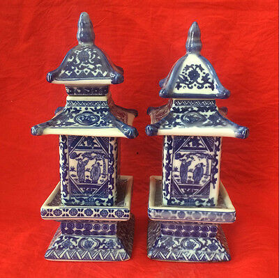 antique  (2)Chinese ancient pagoda of blue and white porcelain vases