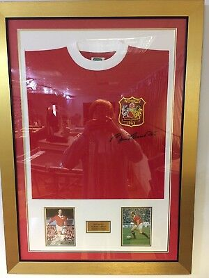 Sir Bobby Charlton Signed & Framed Manchester United Shirt With Photo Display