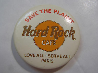 Badge Broche Hard Rock Cafe Save The Planet Love All Serve All Paris