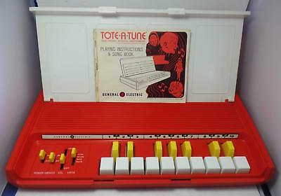 Vintage 1971 GE Tote-a-Tune Electronic Portable Organ model N4001A Tested & Work