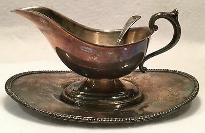 Vintage MIDDLETOWN SILVERWARE Silverplate Gravy or Sauce Boat w/ Underplate