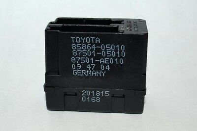 Toyota / Lexus Seat Heater Controller (Used) Part# 85864-05010