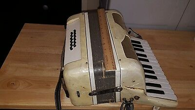 Used Accordion Made In Italy Look! Still Plays! Model L 448/96