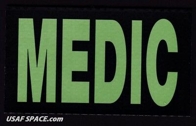 """AUTHENTIC US MILITARY IR INFRARED - MEDIC - 3.5"""" x 2"""" GREEN PATCH on HOOK & LOOP"""