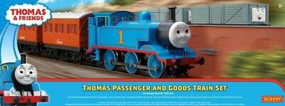 NEW Thomas Passenger And Goods  Hornby Set from Mr Toys