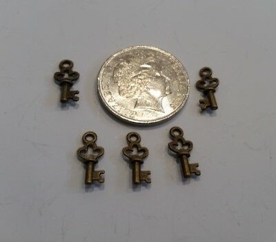 5 small keys copper craft charms