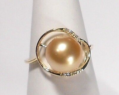 9.5mm golden South Sea pearl ring, diamonds, solid 14k yellow gold.