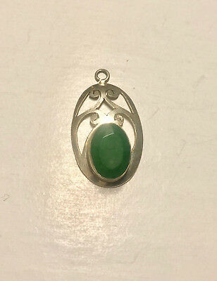 Beautiful 925 Silver Pendent With Real Jade Stone In It Pre-Owned 4 Gram