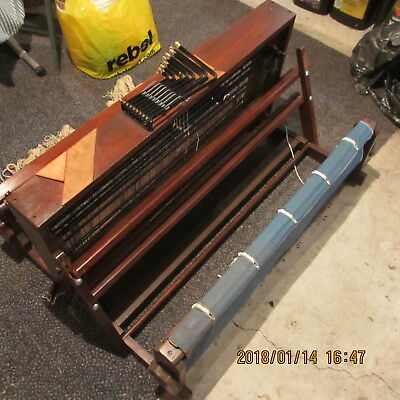 """Weaving Loom 34"""" 8 shaft Pagett  with raddle and 2 reeds 8 + 12"""