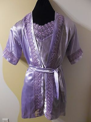 Women's violet silky nightgown and robe in size M (8-10) NEW without TAGS.
