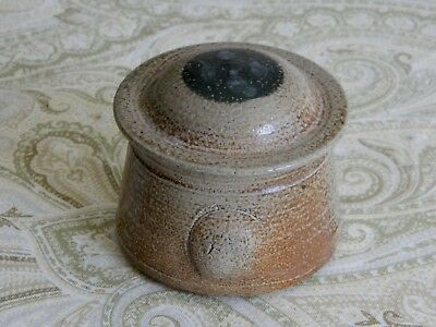 Salt Glazed Studio Pottery Cov Jar Vessel Signed Ellis w/ Bulging Side