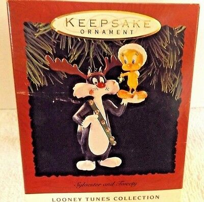 Sylvester & Tweety Bird Ornament Hallmark Keepsake Looney Tunes Christmas Theme