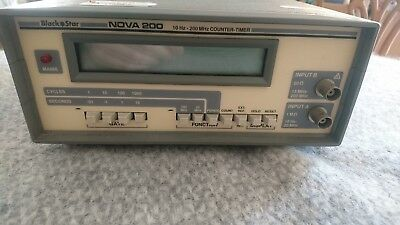 Black Star Nova 200 - Frequency Counter / Timer 200 MHz / LCD / Battery or Mains