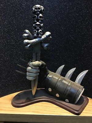 Fantasy Skull Knife & Short Sword Dagger Leather Display Stand