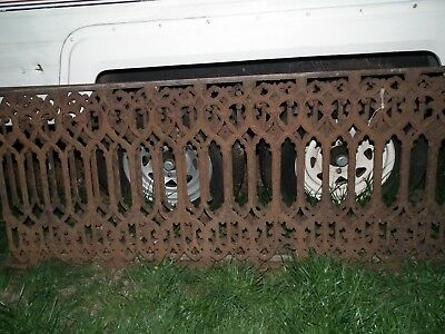 """RARE Antique Cast Iron Fencing 1900 Neo Gothic Style 4- 6' panels 28"""" high."""