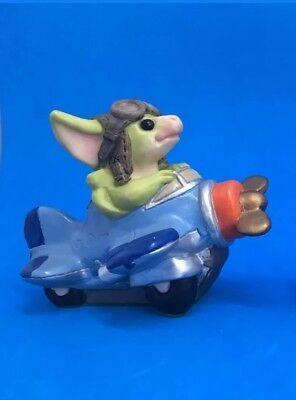 "Real Musgrave Pocket Dragon Figurines ""Frequent Flyer"" 1997"