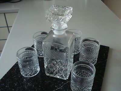 Retro Diamond Cut Glass Whisky Decanter With 5 Glasses