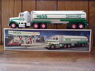 HESS ~Toy Tanker Truck ~ 1990 ~ With Original Box ~ MINT