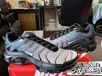 online store b4891 e26b6 NIKE AIR MAX Plus TN Tuned 1 Gradient Black Anthracite Desert Sand  852630-026