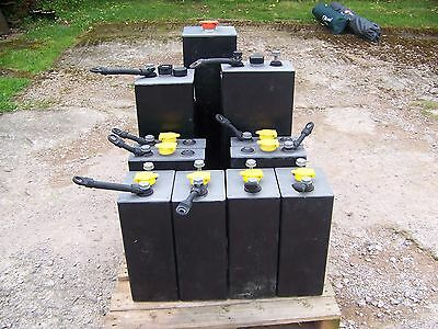 2 Volt Lead Acid Deep Cycle Battery Cells   Off Grid / Solar Power / Forklifts