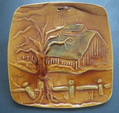 """VINTAGE 1970's 7"""" x 7"""" QUEBEC, CANADA ARTIST SIGNED CLAY PLATE """"SUGARSHACK"""""""
